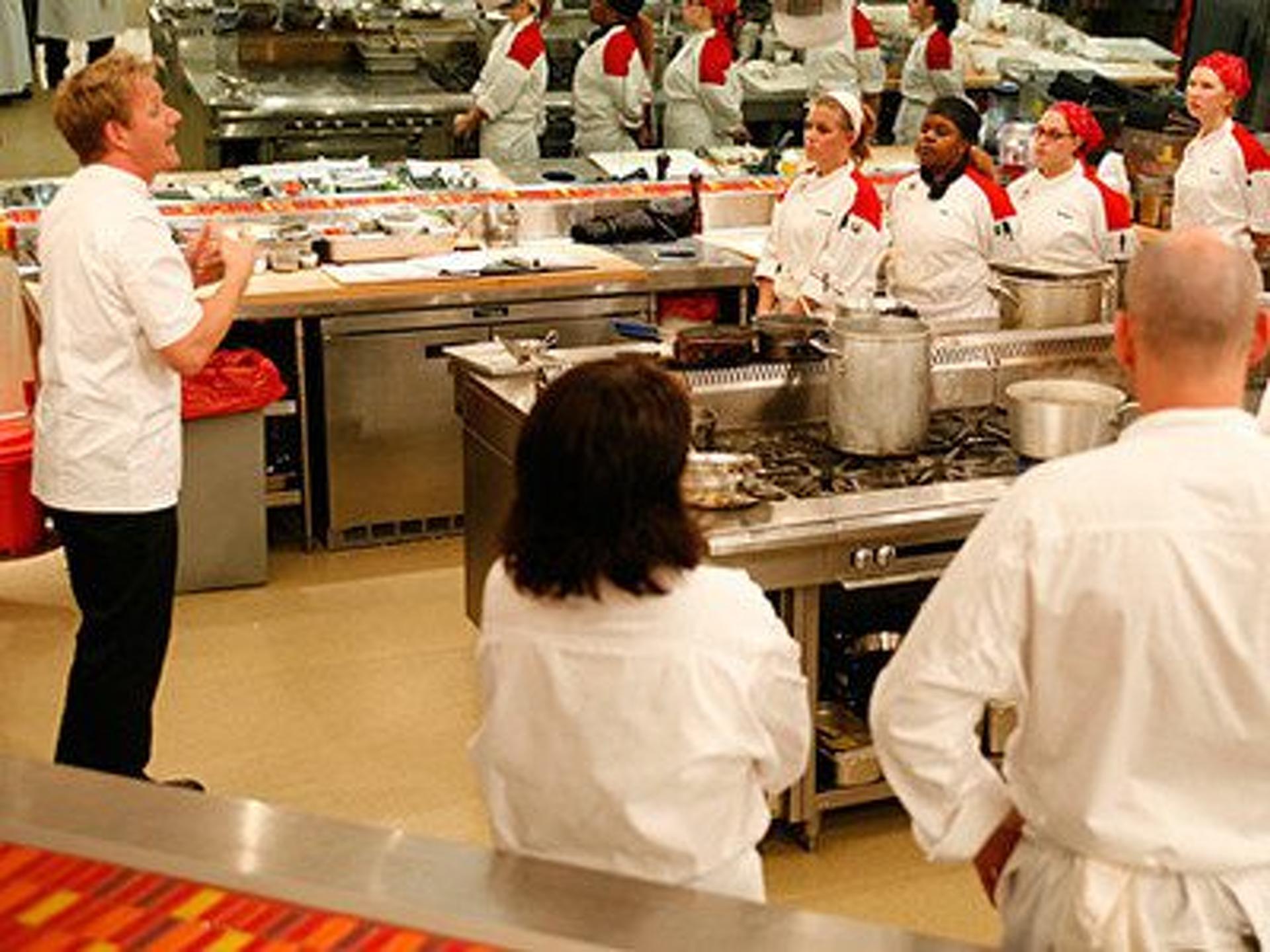 11 chefs pete summary hell s kitchen us season 4 episode 5