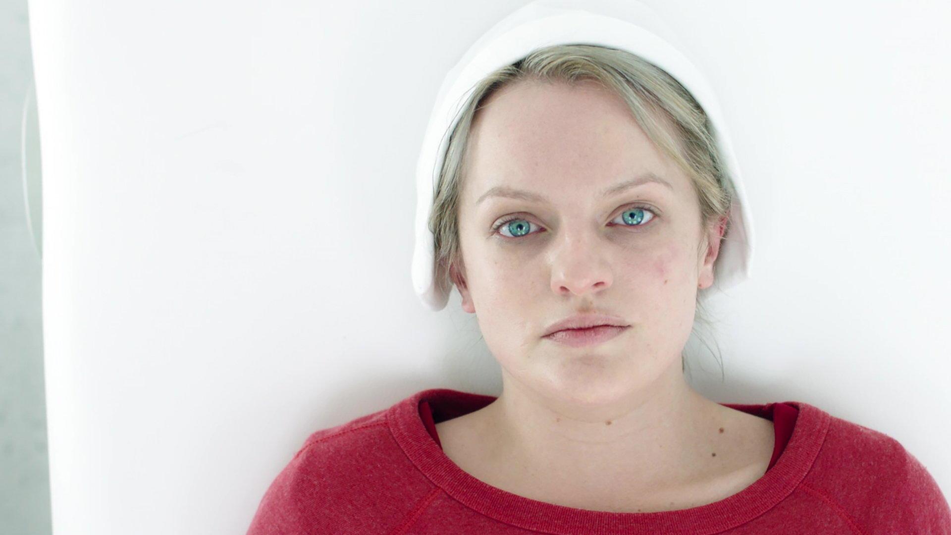 A Woman\'s Place Summary - The Handmaid\'s Tale Season 1, Episode 6 ...